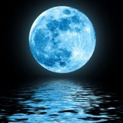 Full-Moon-over-water